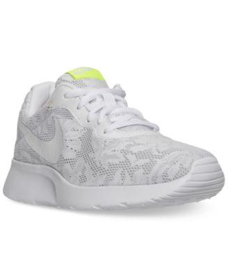Nike Women's Tanjun ENG Casual Sneakers