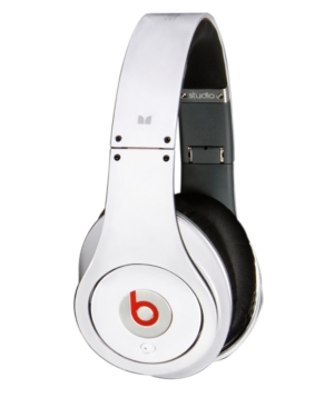 Beats by Dr. Dre from Monster Headphones, Beats Studio MHBEATSPIOE