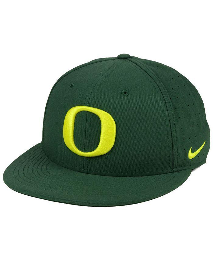 Nike - Aerobill True Fitted Baseball Cap