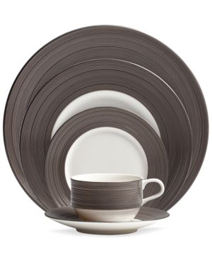 Vera Wang Wedgwood Dinnerware, Devotion 5 Piece Place Setting