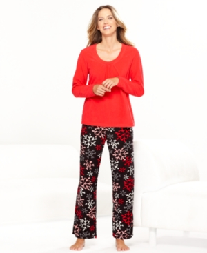 HUE Pajamas, Winter Wonderland Fleece Top and Pajama Pants Set