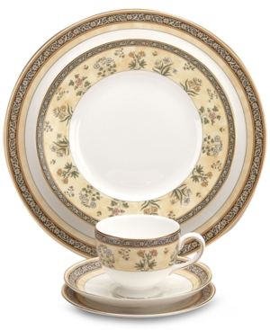"""Wedgwood """"India"""" Bread & Butter Plate"""