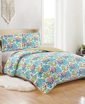 Rt Designers Collection Ariel 3 Piece Reversible Quilt Set Queen Reviews Quilts Bedspreads Bed Bath Macy S