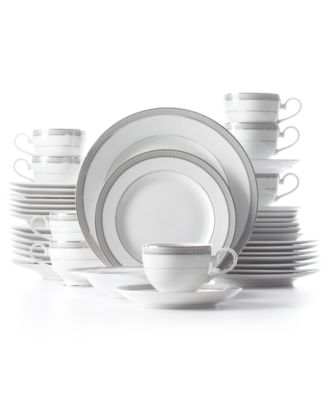 Mikasa Platinum Crown 40-Pc. Service for 8