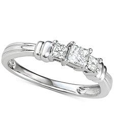 Diamond Princess Trio Diamond Engagement Ring (1/2 ct. t.w.) in 14k White Gold