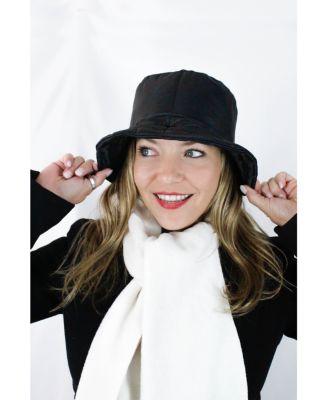isotoner Women'sPull-Through SleekHeat® Fleece Scarfwith smartDRI®