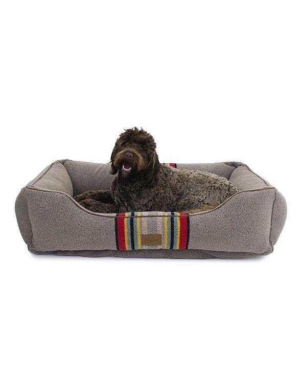 Pendleton Vintage-Like Camp Kuddler Dog Bed