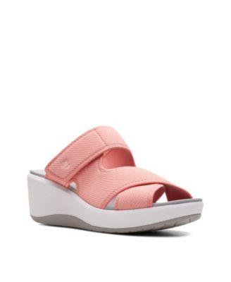 Step Cali Wave Wedge Sandals