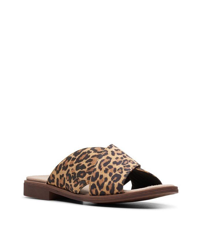 Clarks - Declan Ivy Flat Sandals