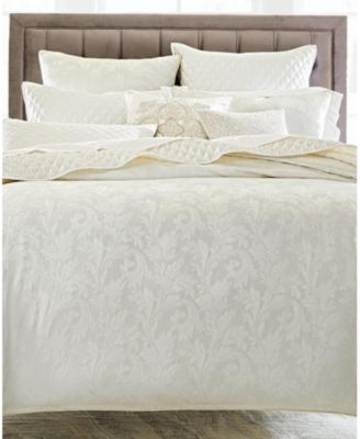 Classic Cambria King Coverlet