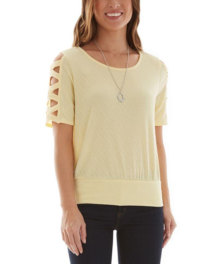 BCX - Lattice Short Sleeve Top