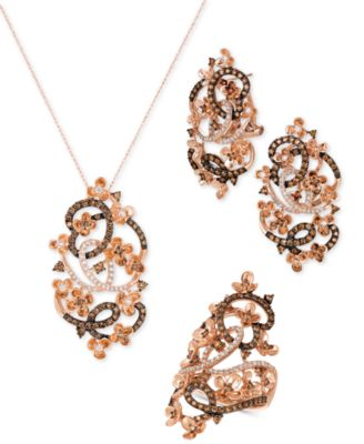 Crazy Collection® Diamond Fancy Scroll Floral 18