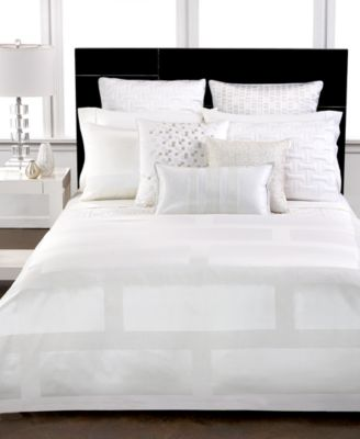 Hotel Collection Frame White Queen Duvet Cover
