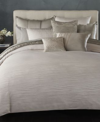 CLOSEOUT! Home Reflection Silver Full/Queen Quilt