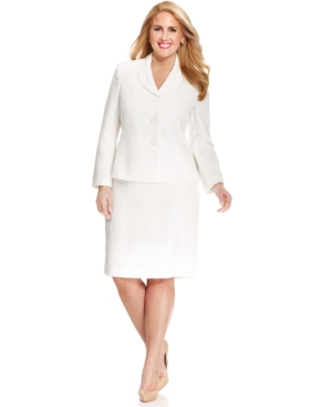 Le Suit Plus Size Textured Jacquard Three-Button Skirt Suit