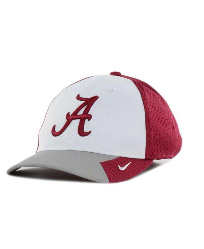 Nike - Boys' Alabama Crimson Tide NTS Sideline Flex Cap