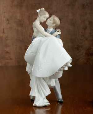 "Lladro ""The Happiest Day"" Bride & Groom"