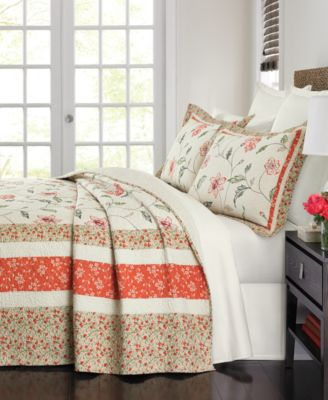Martha Stewart Collection Strawberry Meadow Queen Bedspread