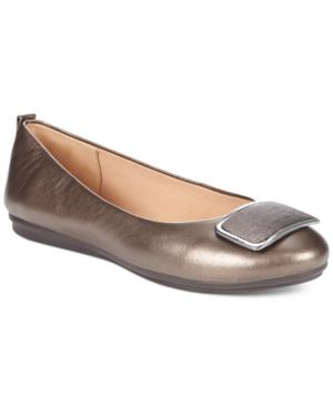 Easy Spirit Godana Flats Women's Shoes