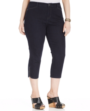 Style & Co. Plus Size Tummy-Control Capri Jeans, Rinse Wash