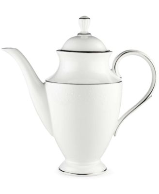 Lenox Floral Veil 48 oz. Coffeepot