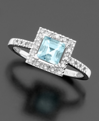 14k White Gold Aquamarine (1/2 ct. tw.) & Diamond Accent Ring