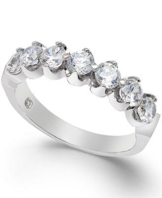 Diamond Scallop Band (1/4 ct. t.w.)