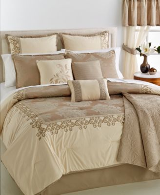 CLOSEOUT! Westhaven 22-Pc. Queen Comforter Set
