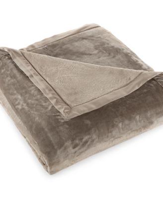 CLOSEOUT! Berkshire Velvetloft Full/Queen Blanket
