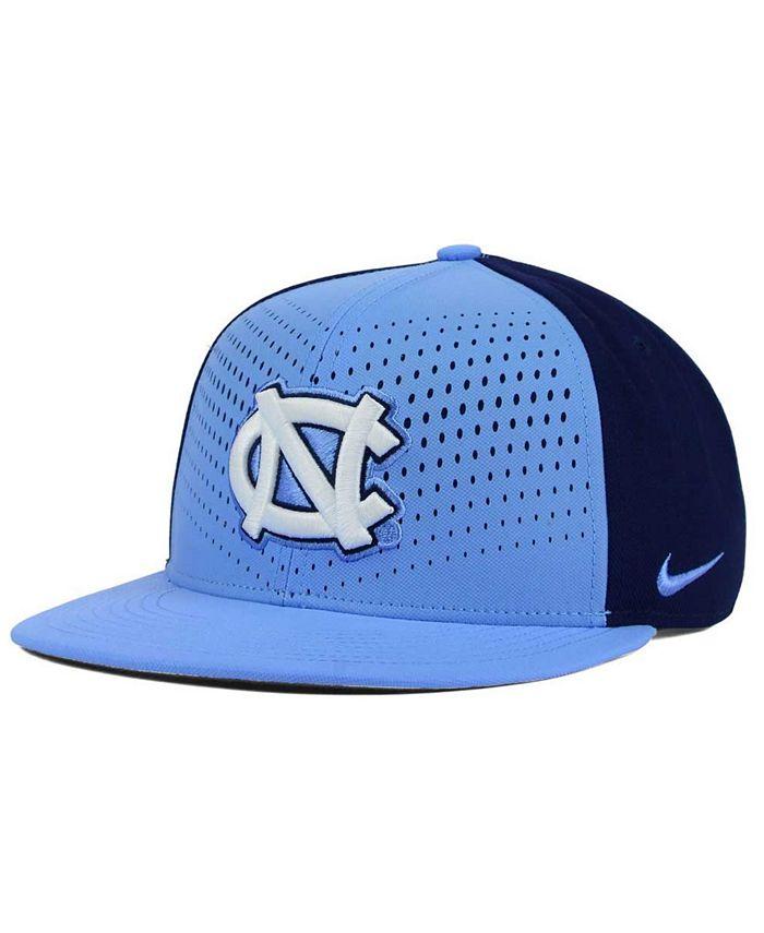 Nike - North Carolina Tar Heels True Seasonal Snapback Cap