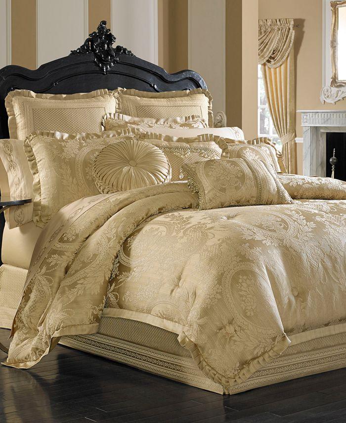 J Queen New York - Napoleon Gold Comforter Sets