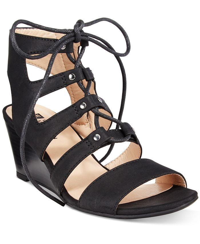 White Mountain - Gillis Wedge Sandals