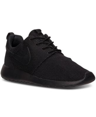 all black nike sneakers mens