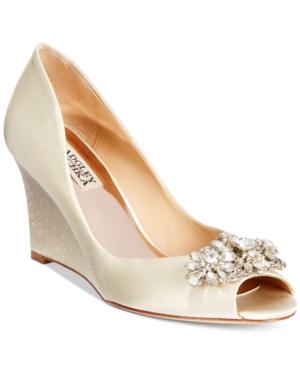 Badgley Mischka Dara Evening Wedges Women's Shoes