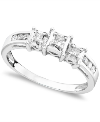14k White Gold Ring, Three Stone Diamond (1/4 ct. t.w.)