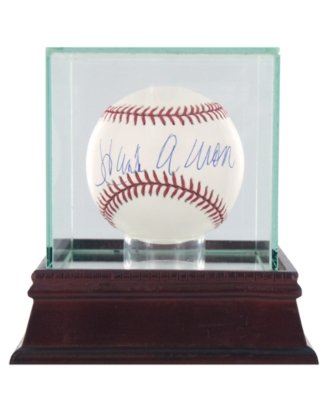 Steiner Sports Hank Aaron Signed Baseball in Glass Case