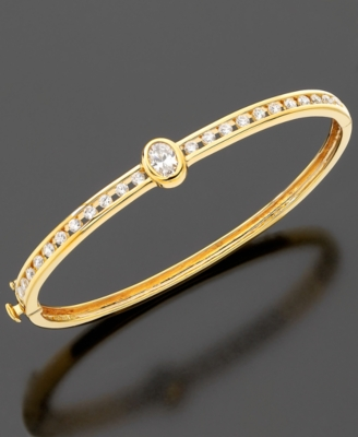 CRISLU 18k Gold Over Sterling Silver Oval Center Stone Bangle (2 ct. t.w.)