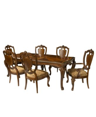 Lovely Royal Manor Dining Room Furniture, 7 Piece Set.