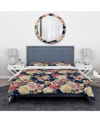 Designart 'Colorful Roses Floral Pattern' Bohemian and Eclectic Duvet Cover Set - King