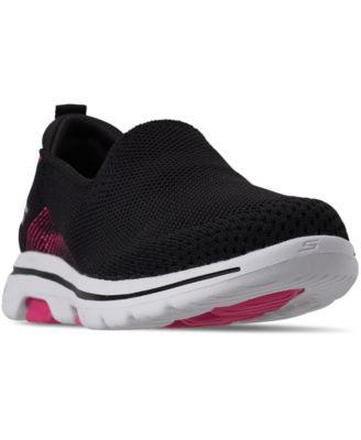 GOWalk 5 Prized Walking Sneakers from