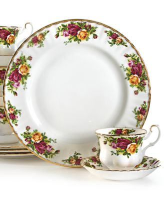 Royal Albert Old Country Roses 12-Pc. Service for 4