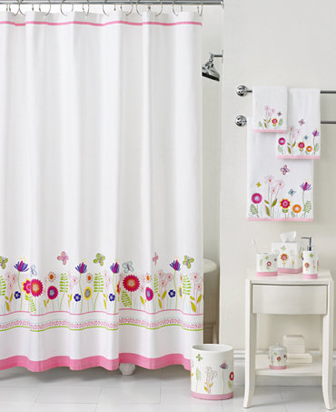 Baby girl bathroom decor bclskeystrokes for Bathroom accessories for girls