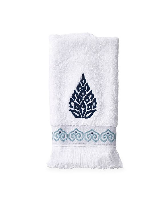 Peri Home Peri Capri Medallion Fingertip Towel