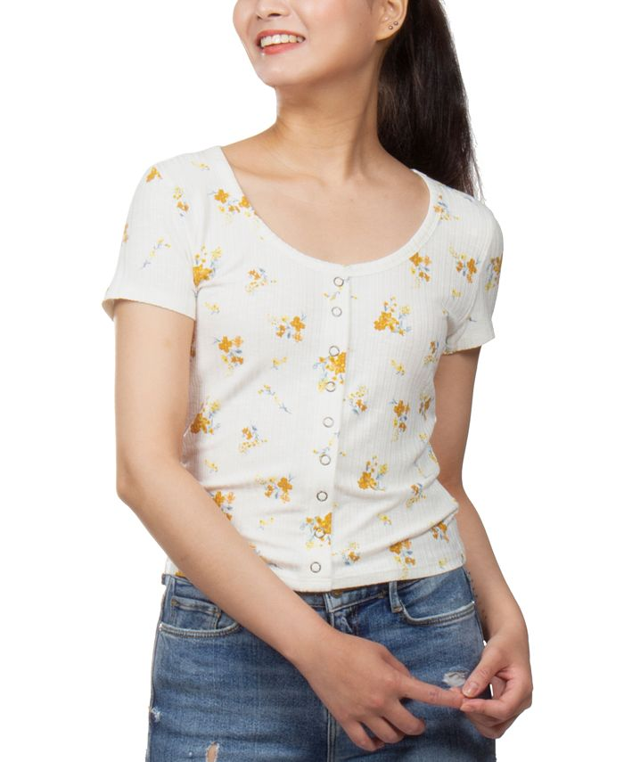 Pink Rose - Juniors' Floral-Print Snap-Front Cropped Top