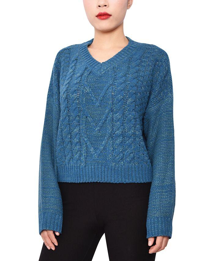 Derek Heart - Juniors' Cable-Knit V-Neck Sweater