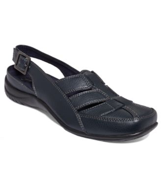 Easy Street Sterling Comfort Clogs