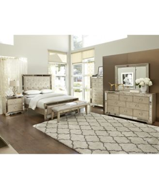Ailey Queen 3-Pc. Bedroom Set (Bed, Nightstand & Chest ...