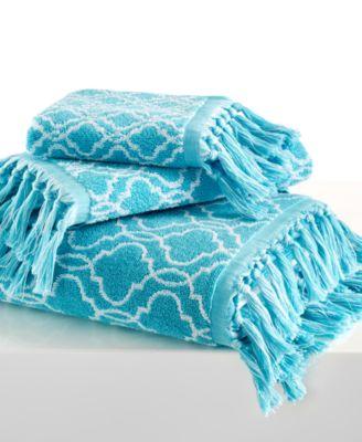 """Dena Home Tangier Jacquard 16"""" x 28"""" Hand Towel"""