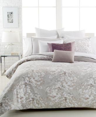 """Vera Wang Water Flower 15"""" x 20"""" Decorative Pillow"""