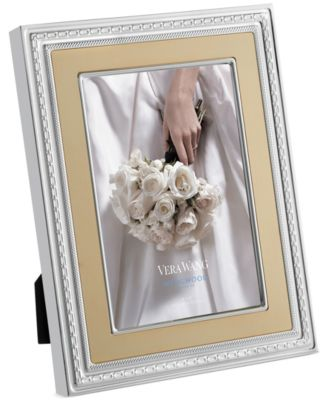 "Vera Wang Wedgwood With Love Gold 4""x 6"" Frame"